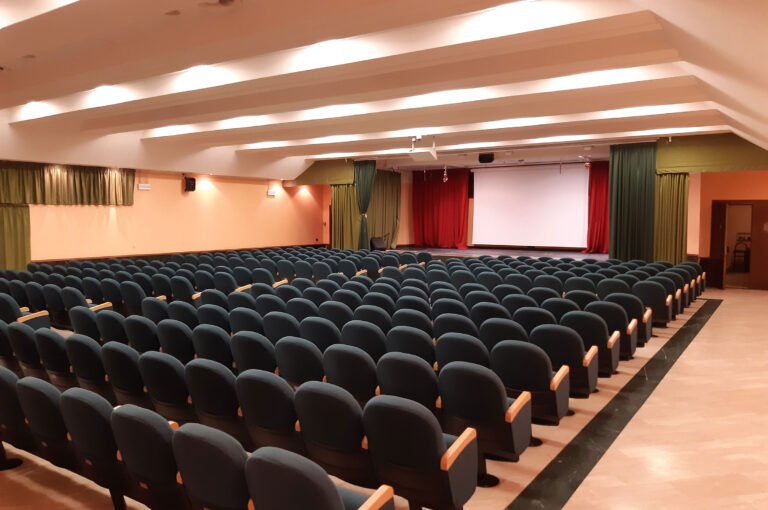sala-auditorium-scuole-pie-02
